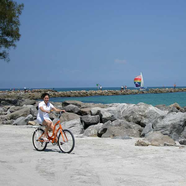 Sight seeing on a rental bike in Englewood and Venice, Florida